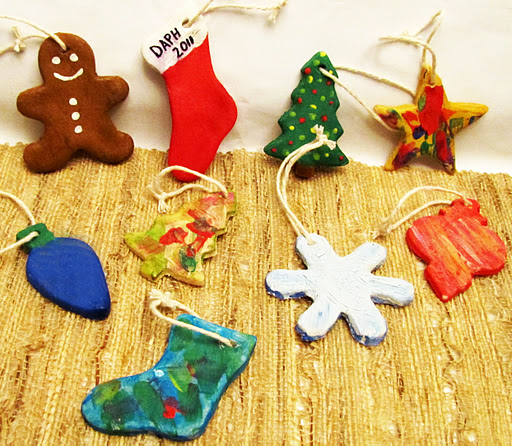 I know that Christmas ornaments aren't technically a food, and this is a  food blog, but I have decided that since they are made out of flour, salt,  ... - Salt Dough Christmas Ornaments €� Rumbly In My Tumbly