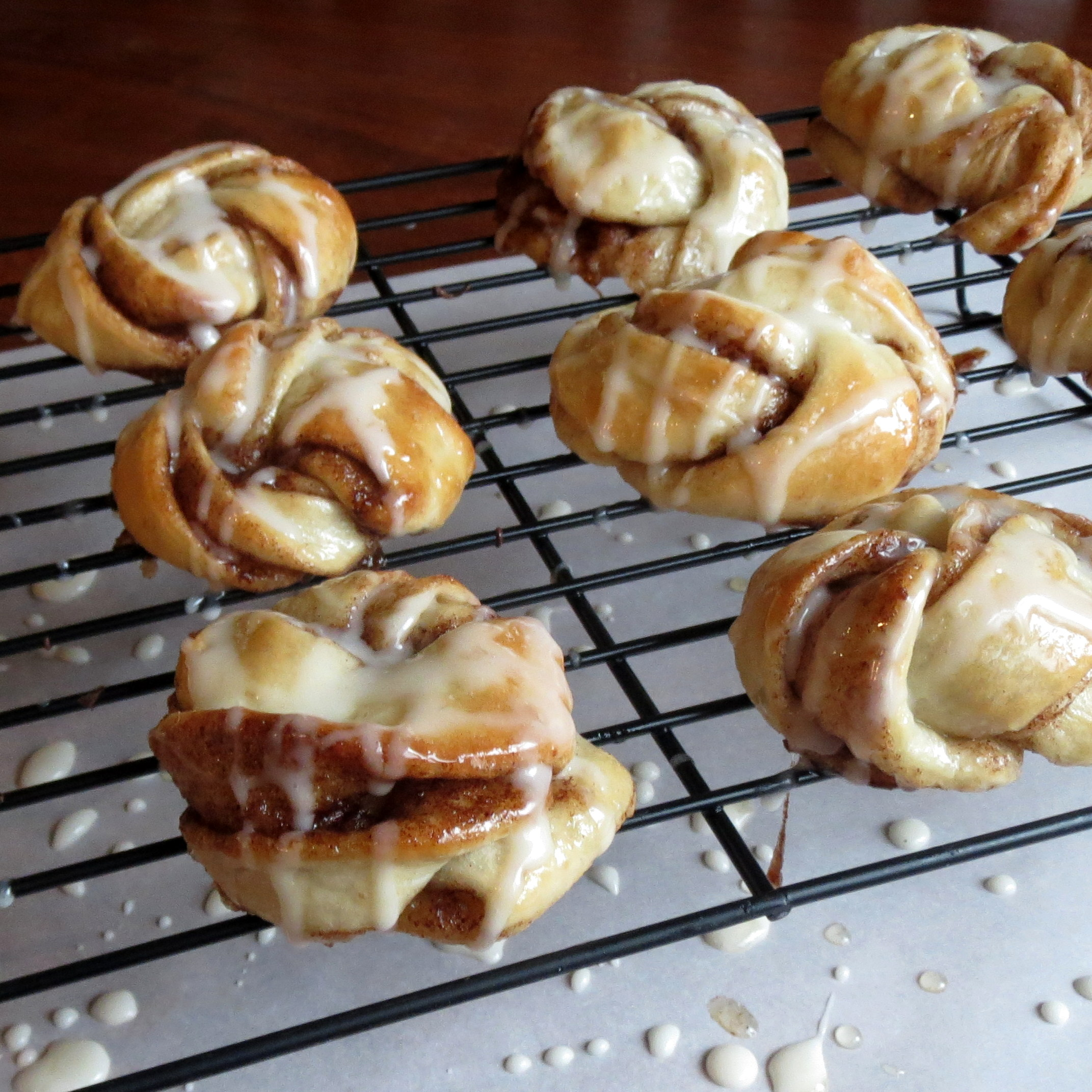 knots cinnamon knots cinnamon twist knots cinnamon sugar knots ...