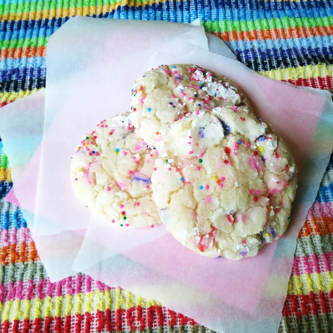 Buttery Birthday Cake Cookies | Rumbly in my Tumbly
