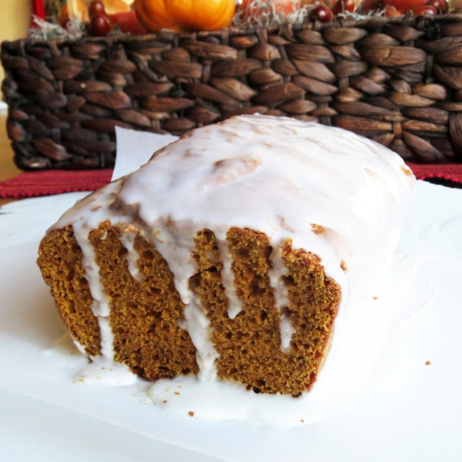Starbucks Pumpkin Pound Cake - No butter, no oil I Rumbly in my Tumbly