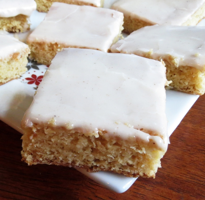 Eggnog Bars by Rumbly in my Tumbly