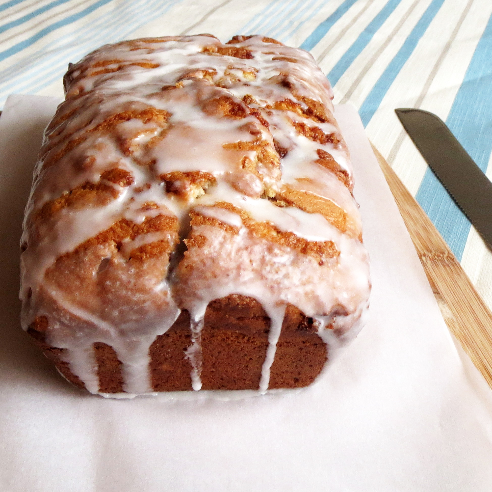 Cinnamon Roll Quick Bread – Rumbly in my Tumbly