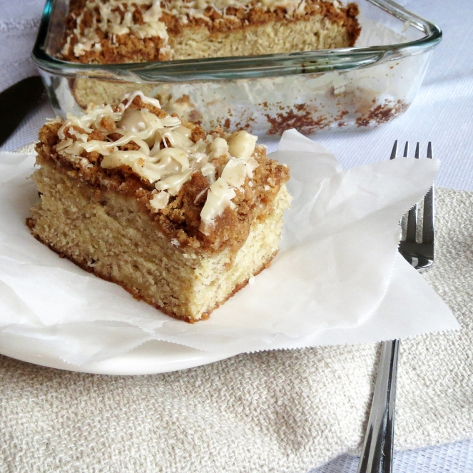 Banana Crumb Cake I Rumbly in my Tumbly