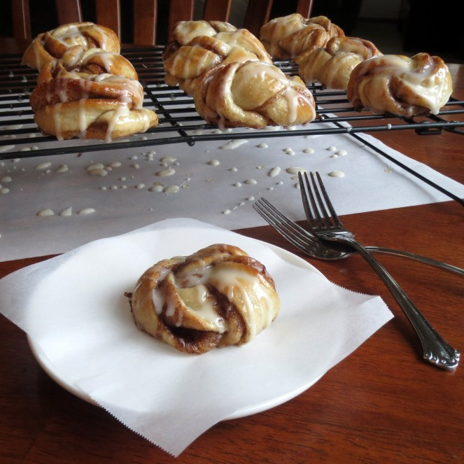 Cinnamon Twist Knots