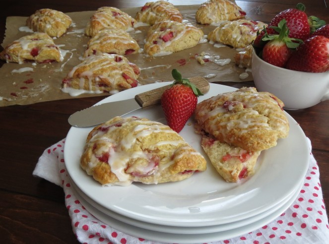 Strawberry Scones by Rumbly in my Tumbly