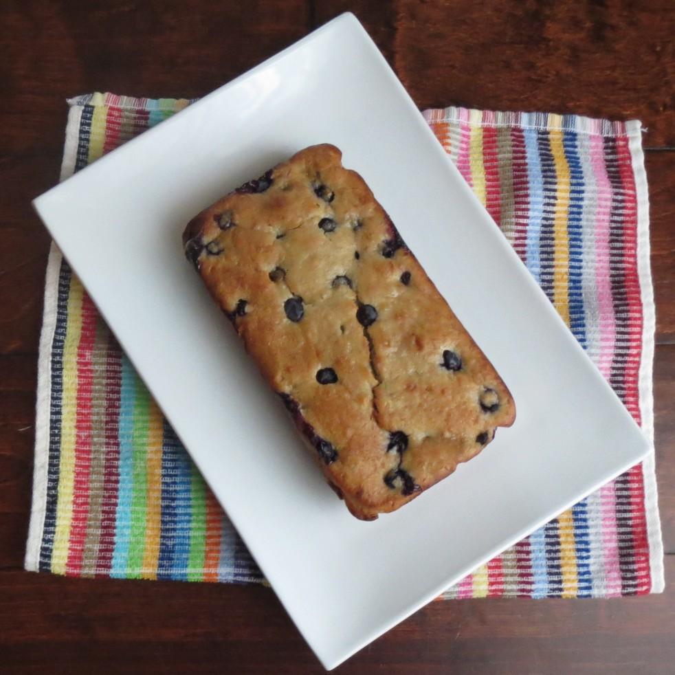 Blueberry Banana Bread (Rumbly in my Tumbly)