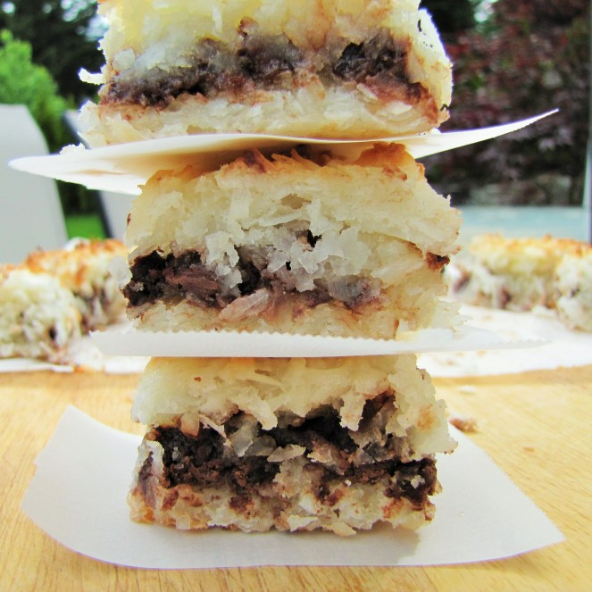 Chocolate Coconut Macaroon Bars by Rumbly in my Tumbly