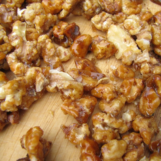 Candied Walnuts for Salads by Rumbly in my Tumbly