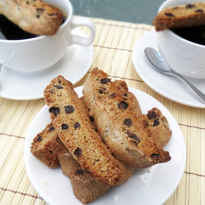 Cinnamon Rum-Raisin Biscotti.  My Rumbly in my Tumbly