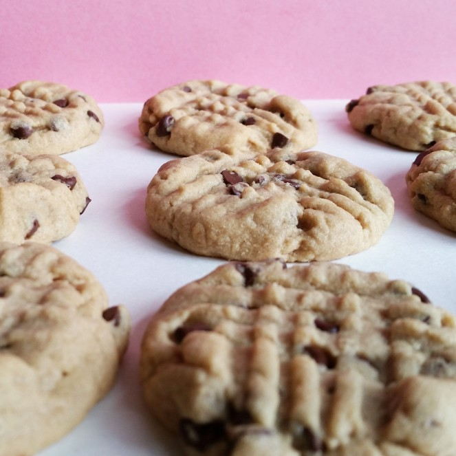 World's Greatest Chocolate Chip Peanut Butter Cookies by Rumbly in my Tumbly