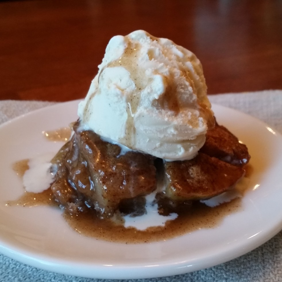 Apple Snickerdoodle Cobbler by Rumbly in my Tumbly