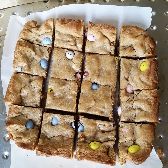 Peanut Butter and Chocolate Egg Blondies by Rumbly in my Tumbly