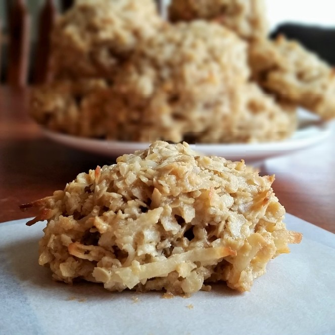 Oatmeal Coconut Cookies (Naturally gluten-free and dairy-free) by Rumbly in my Tumbly