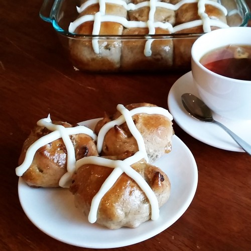 Hot Cross Buns (Tasty ones) by Rumbly in my Tumbly - these are not your momma's hot cross buns!