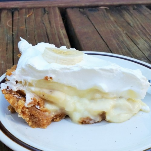 Banana Cream Pie with Nilla Wafer Crust by Rumbly in my Tumbly
