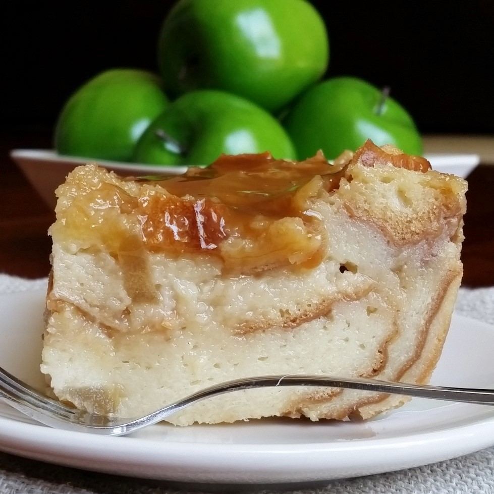 Caramel Apple Bread Pudding – Rumbly in my Tumbly