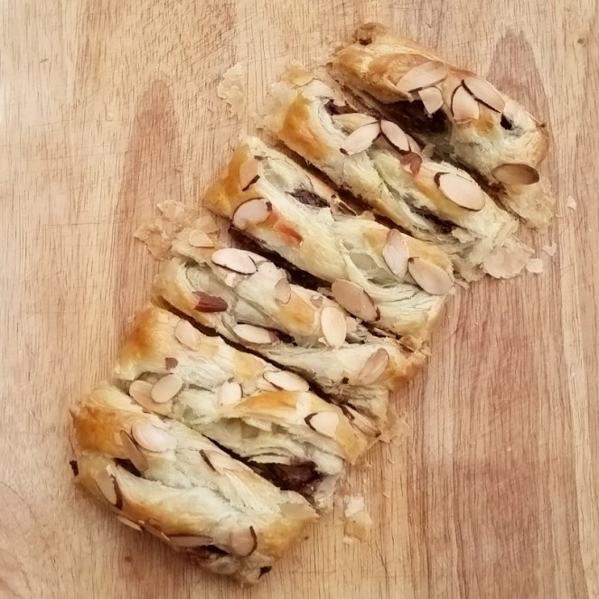 Chocolate Almond Braid by Rumbly in my Tumbly