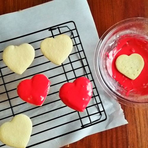 The Easiest and Most Beautiful Way to Ice Sugar Cookies. - Rumbly in my Tumbly