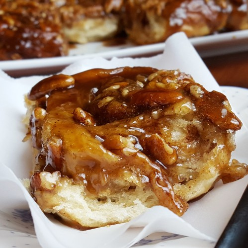 Caramel Pecan Sticky Buns by Rumbly in my Tumbly