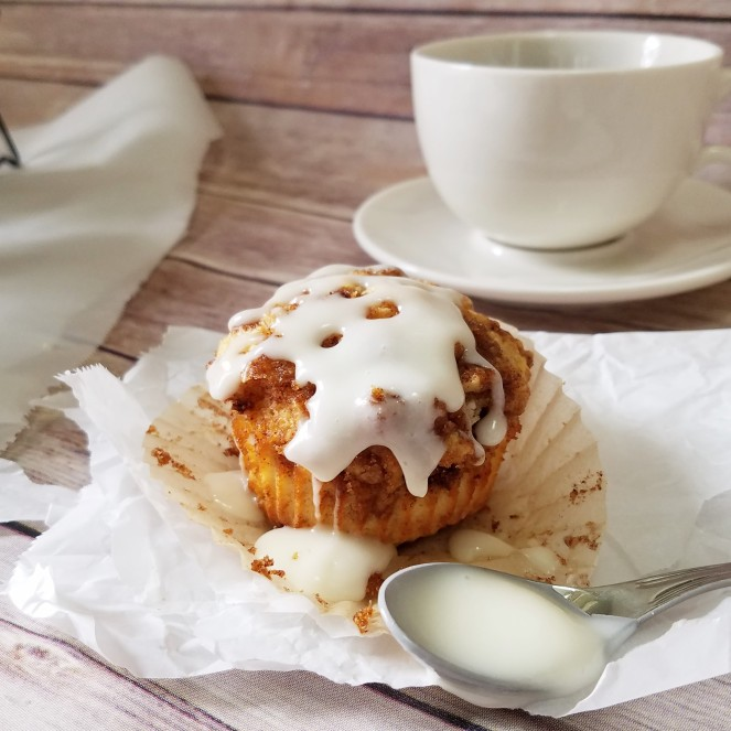 Cinnamon Roll Muffins - Rumbly in my Tumbly
