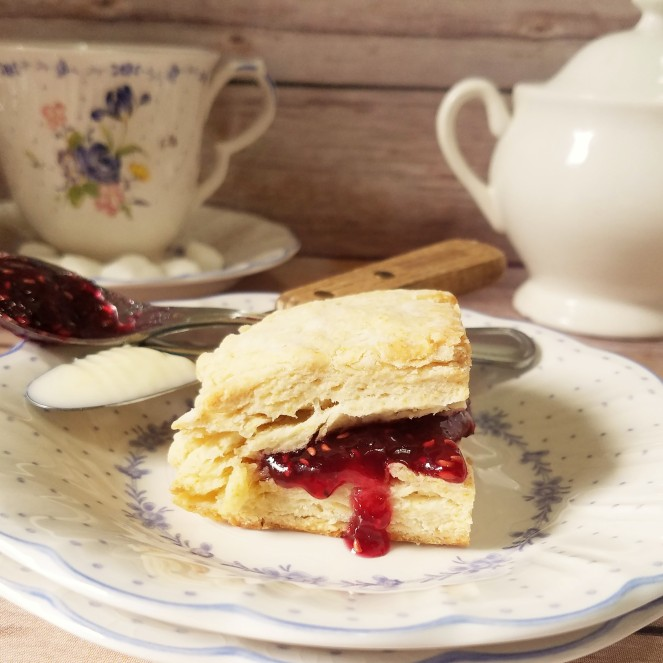 Copycat Fisher Fair Scones by Rumbly in my Tumbly