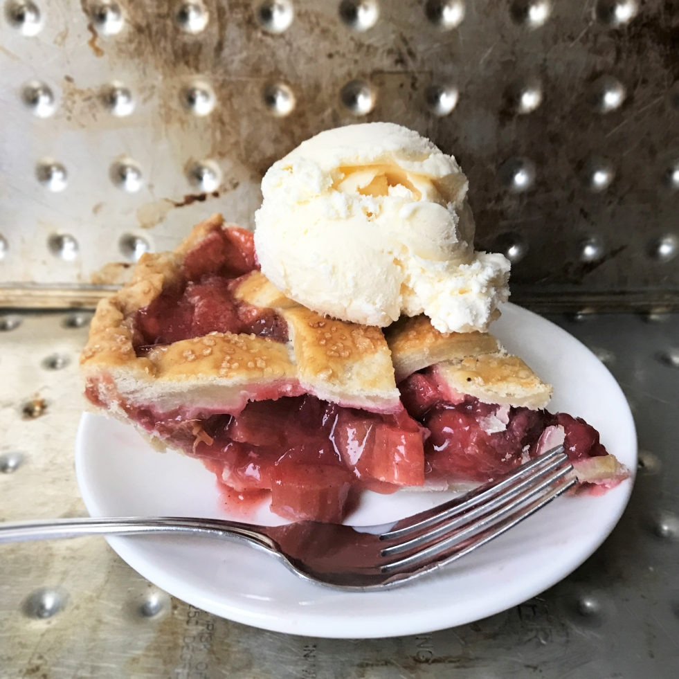 Homemade Strawberry Rhubarb Pie - Rumbly in my Tumbly blog