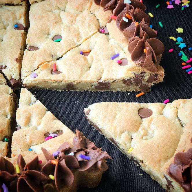 Mrs. Fields Copycat Chocolate Chip Cookie Cake