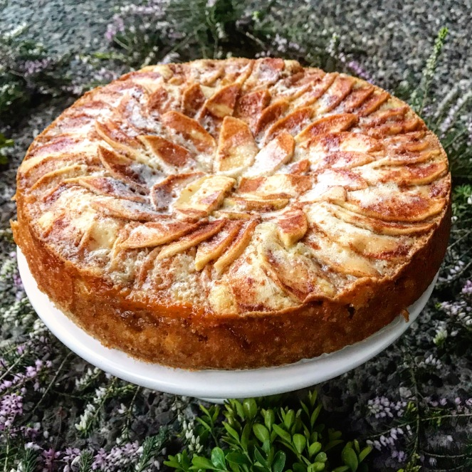 Apple Kuchen {German Apple Cake}